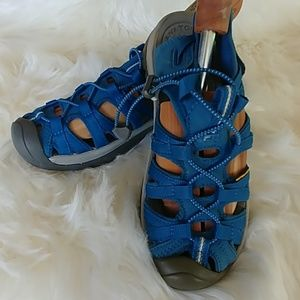 Keen Whisper hiking/water sandals size 8